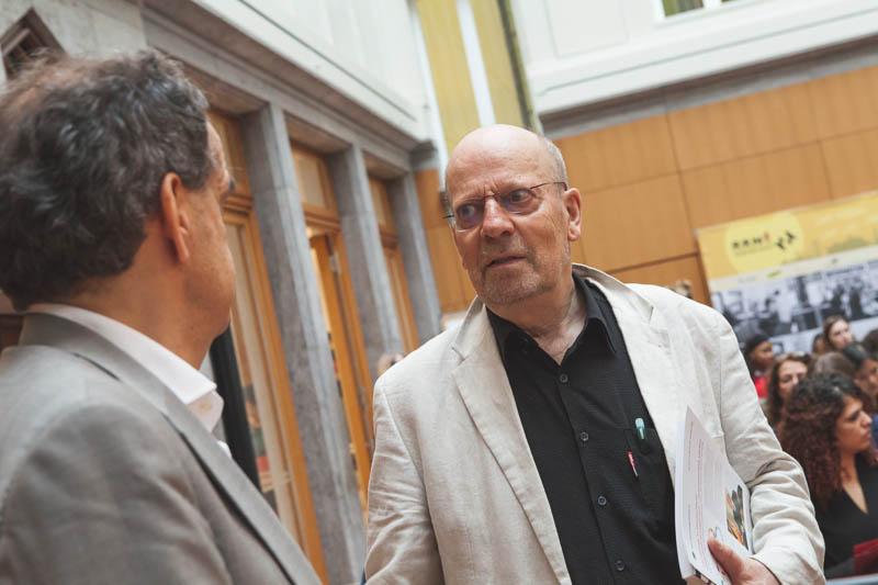 Stifter Eberhard Schultz im Gespräch mit Hanns-Jörg Sippel, Vorstandsvorsitzendem der Stiftung Mitarbeit